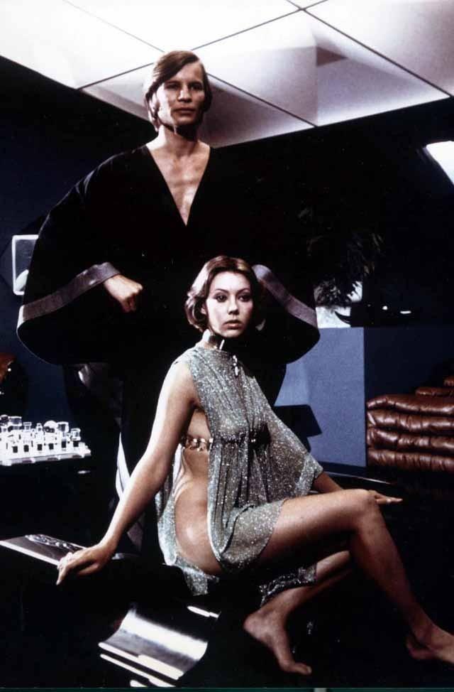 Jenny Agutter and Michael York @ Logan's Run (1976)