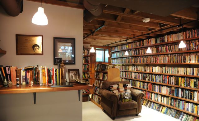 Neil Gaiman's personal library is an inspiration for our own home libraries and bookshelves!