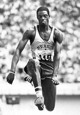 João Carlos de Oliveira, conhecido como João do Pulo, foi um atleta saltador brasileiro e ex-recordista mundial do salto triplo.