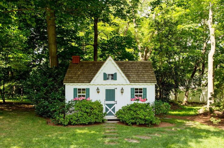 Cute garden shed / children's playhouse ~ Elisabeth Hasselbeck Lists home in Greenwich   Variety