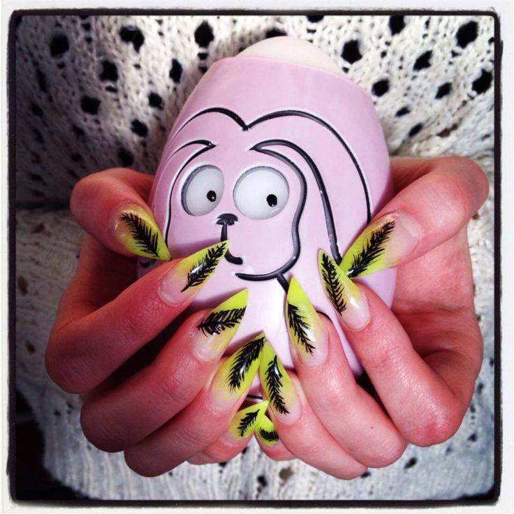 Sulkakynnet. Feather nails. www.studiorose.fi