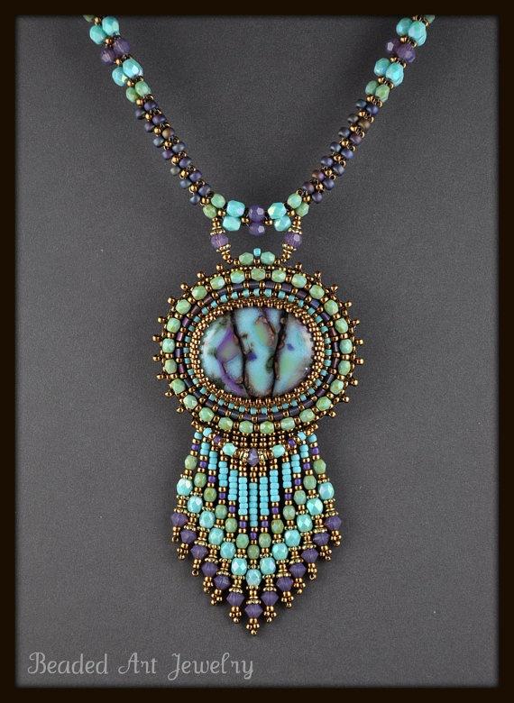 Beaded art jewelry