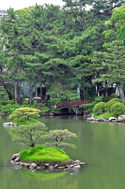 Shukkeien Garden in Hiroshima, Japan 縮景園