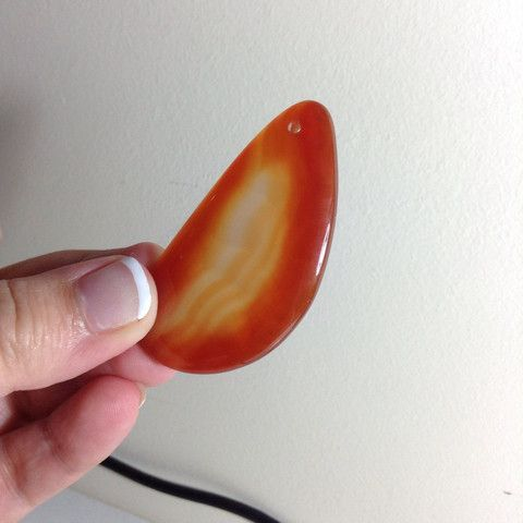 Orange/clear Natural Agate Pendant - 31mm – Lucy Beads