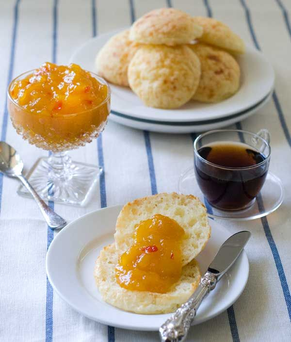 gluten-free yuca bread with spicy mango marmalade