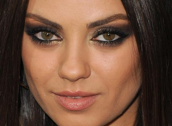 Mila Kunis Brown Smokey Eye Amazing Hair Nails And Make