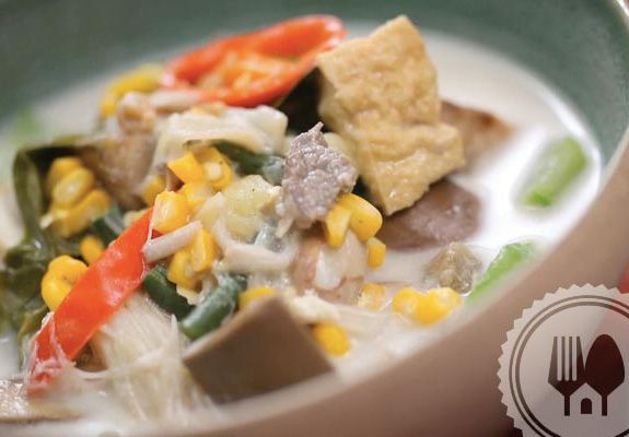 SAYUR LODEH. Vegetables ve vegetables that contain different levels of hardness. In order vegetables cooked together, I began to boil from the loudest to the software that is easy.