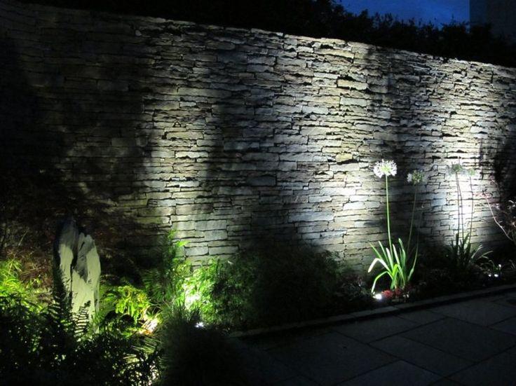 Les 25 meilleures id es de la cat gorie clairage for Eclairage jardin design