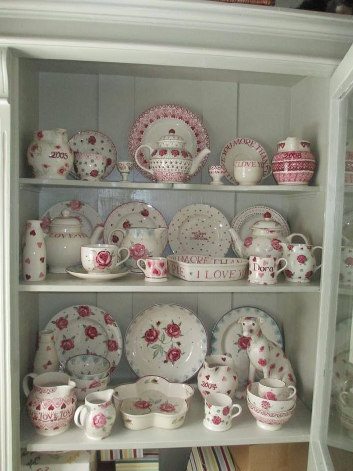 Emma Bridgewater Pinks Dianthus on display