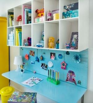 Desk in a kids bedroom
