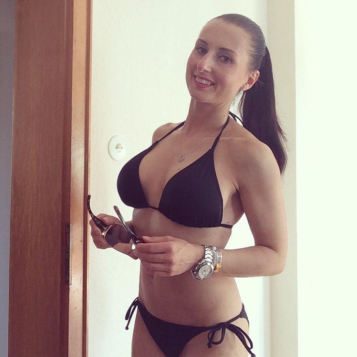 Summertime #bikinigirl #fitness #summer