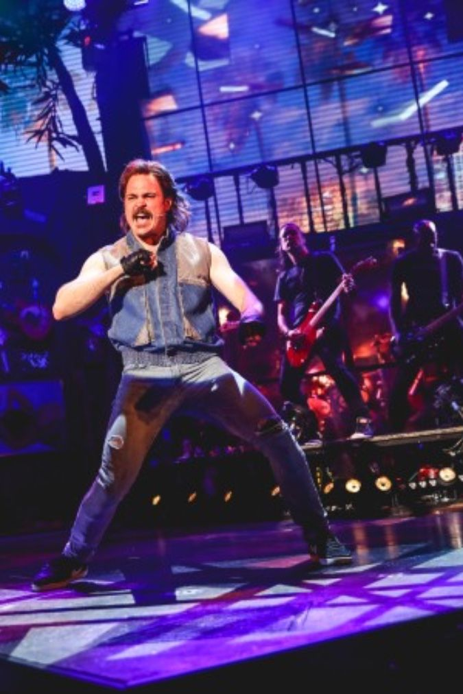 Mitchell Jarvis Rock Of Ages In 2019 Rock Of Ages Broadway Concert