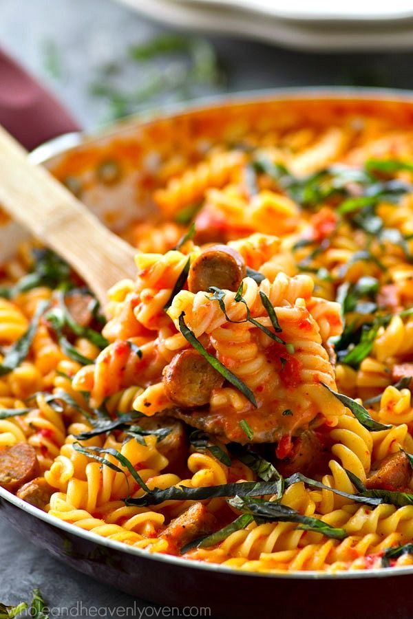 Skillets, Roasted red peppers and Mac cheese on Pinterest
