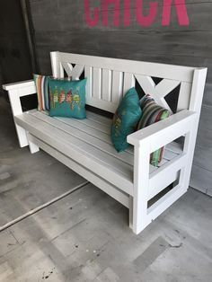 How to Build a DIY Farmhouse Outdoor Glider Bench | Free Plans via Build Like a Chick