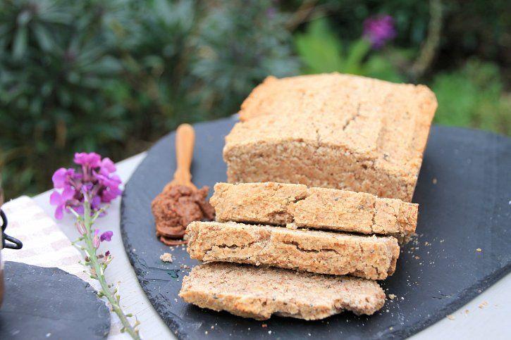 Vegan Banana bread - almond flour, brown rice flour, bananas, syrup ...