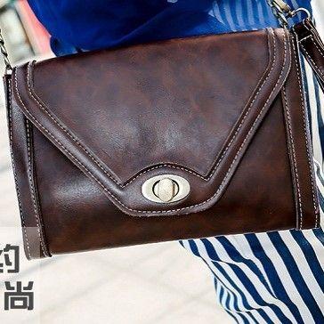 "@cs.ordersis's photo: ""Handbag : K509 ""Material:  PU leather Height :  17cm Length :  23cm Long strap : Yes Weight :  500g"" Rp139,000  #handbag #bag #tas #ordersis"""