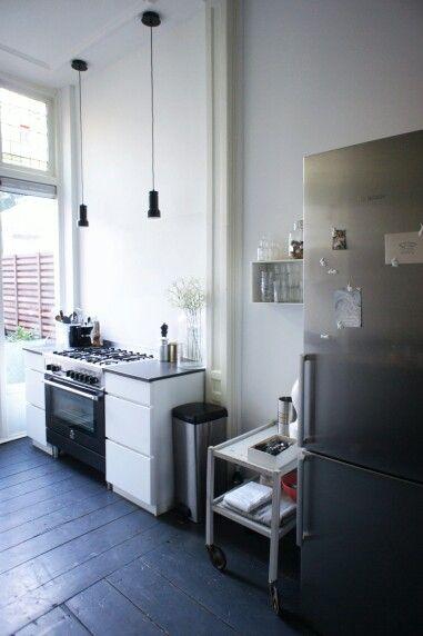 Kitchen styling via www.maisonlapin.nl