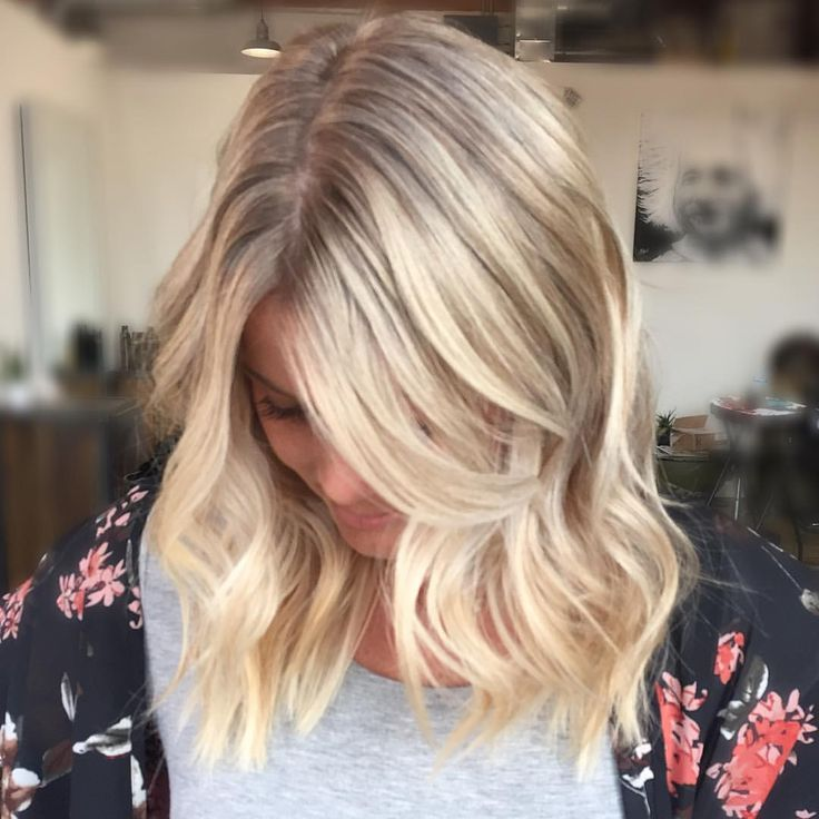 "86 Likes, 5 Comments - Allysha Deen (@allyshawatkinshair_) on Instagram: ""Dimensional beachh sunkissed blonde with face framing highlights!…"""