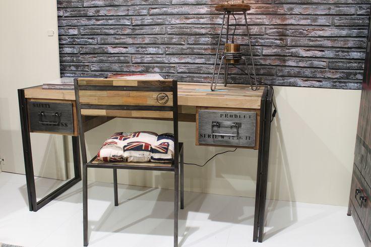 Mesa estudio estilo industrial feria del mueble de for Feria del mueble zaragoza