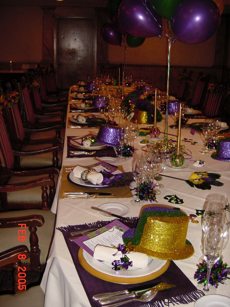 Mardi Gras party at the RBI. Find this Pin and more on New Yearu0027s Eve Table Settings ... & 187 best New Yearu0027s Eve Table Settings images on Pinterest | Table ...