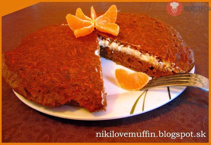 Mrkvový koláč s tvarohovou plnkou a mandarínkami