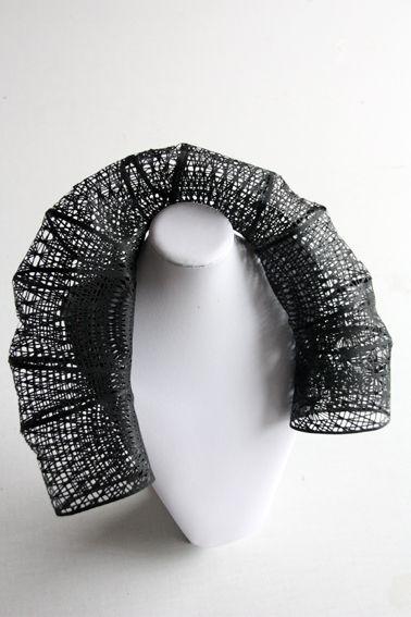 Col roulé, dentelle 2013 Lucie Leroux / Laboratoire Textile www.lucie-leroux.com