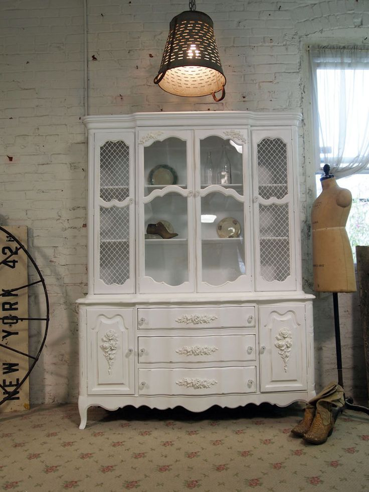 9 best images about shabby chic china cabinets on pinterest painted cottage china cabinet. Black Bedroom Furniture Sets. Home Design Ideas
