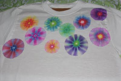 Sharpie Tye Dye Shirts- You'll need: sharpies (or other brand of permanent markers) and Rubbing Alcohol. Did this project in High School Chemistry Class!