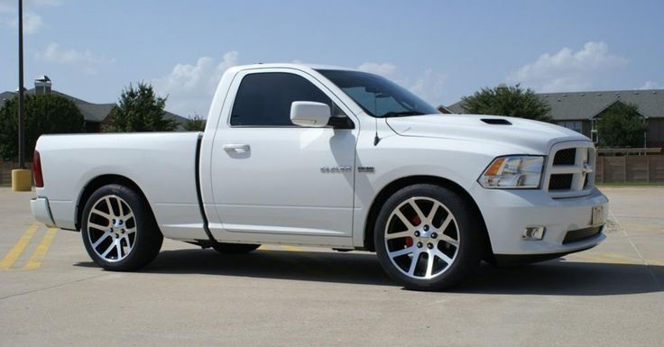 lowered ram rt in white awesome trucks pinterest search. Black Bedroom Furniture Sets. Home Design Ideas