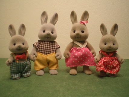 These Forest families dolls were my absolute obsession as a child! I had the whole darn collection!: Families Dolls So, 80S, Families Sets, Dolls So Soft, Rabbit Families, Sylvanian Families, Forests Families, Calico Critter, Brown Rabbit