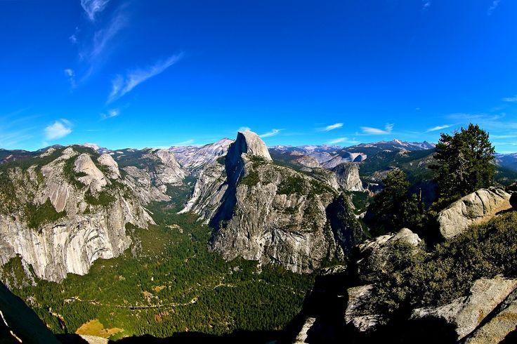 Vue du parc national de #Yosemite en #Californie. #roadtrip #USA @lostintheusa1