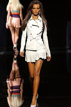 Versace Spring 2003 Ready-to-Wear Fashion Show - Donatella Versace, Liya Kebede