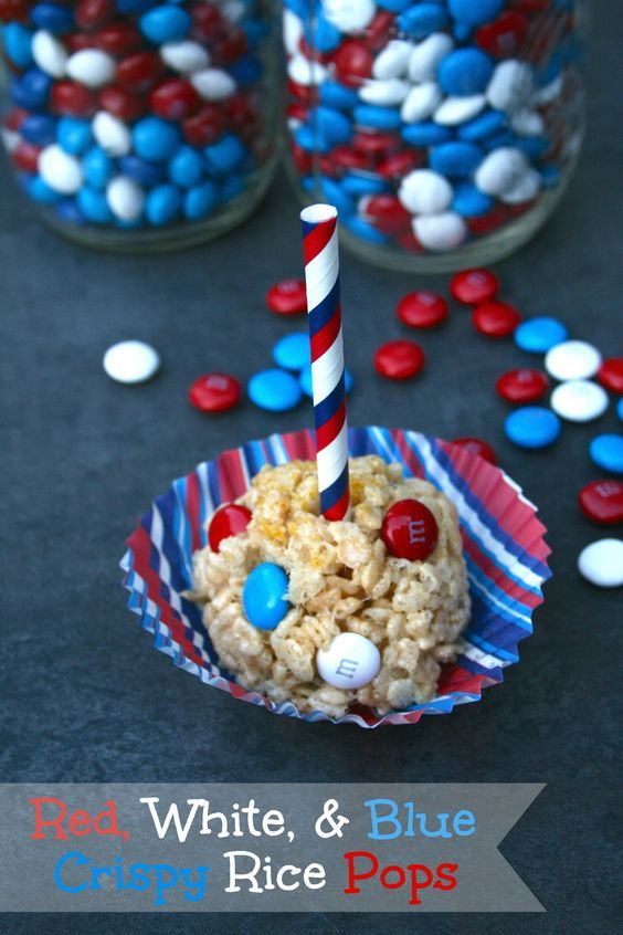 Red, White, & Blue Crispy Rice Pops - Perfect for 4th of July, Memorial Day, and more! #CelebratewithM {ad}