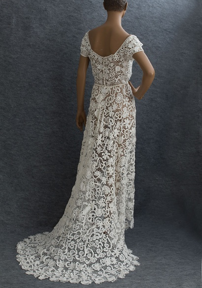 Irish crochet lace wedding dress, c.1912, from the Vintage Textile archives.