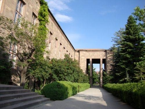 Ankara Üniversitesi 24 Akademik Personel Alacak
