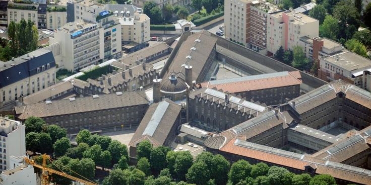 La-Sante-Prison.jpeg (858×429)