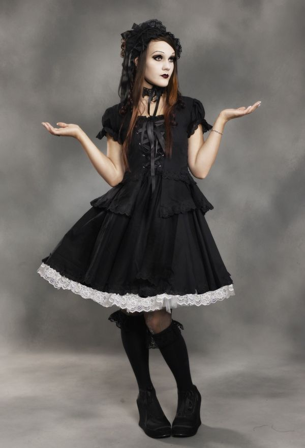 Black gothic lolita dress by Ventovir