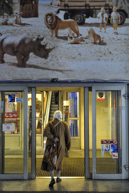 http://cargocollective.com/lukasznowosadzki/Street-photography