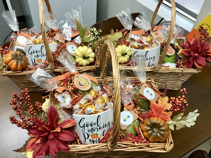 Fall Gift Basket #fall #giftbasket #appreciation #thanksgiving #creative