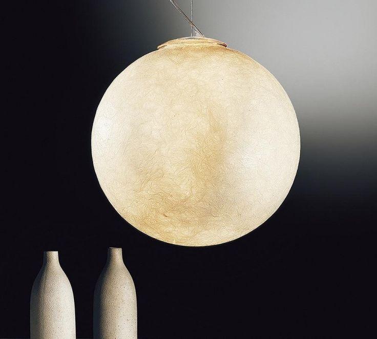 Mond Lampe - Detailansicht und Struktur einer Pendelleuchte
