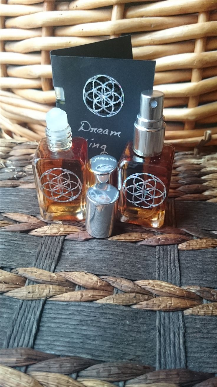 #indieperfume #nicheperfume #fragrance #scent #perfume #parfum #essentialoils #spells #potions #magic #handmade  Heptatonics proudly presents Dream King in it's highly prized Extrait form. in this strongly concentrated form, the essential oils in Dream King form an intoxicating scent that lingers for hour...