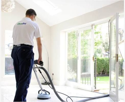 Visit our site http://www.calgarycarpetcleaner.com for more information on Calgary Carpet Cleaning.The best method for Calgary Carpet Cleaning uses the power of effervescent carbonated cleaning solutions. This requires a smaller percentage of water than that which is used in traditional carpet cleaning methods.
