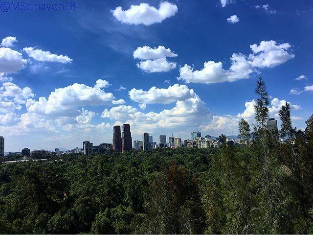 Reposting @mschiavon18: Le twins... 🗼🗼 ———————————————————————— #castillodechapultepec  #travel #travelphotography #nature #naturelovers #naturephotography #naturelover #sky #skyporn  #picoftheday #pictureoftheday #photooftheday #photography #photographer #instagrammers #mexigram #mexigramers #mxenbocadetodos #capitalchilango #pasionxmexico #vivamexico #mexicolors #mexicoesfotografia #mexico #mexicocity #landscape #landscapephotography