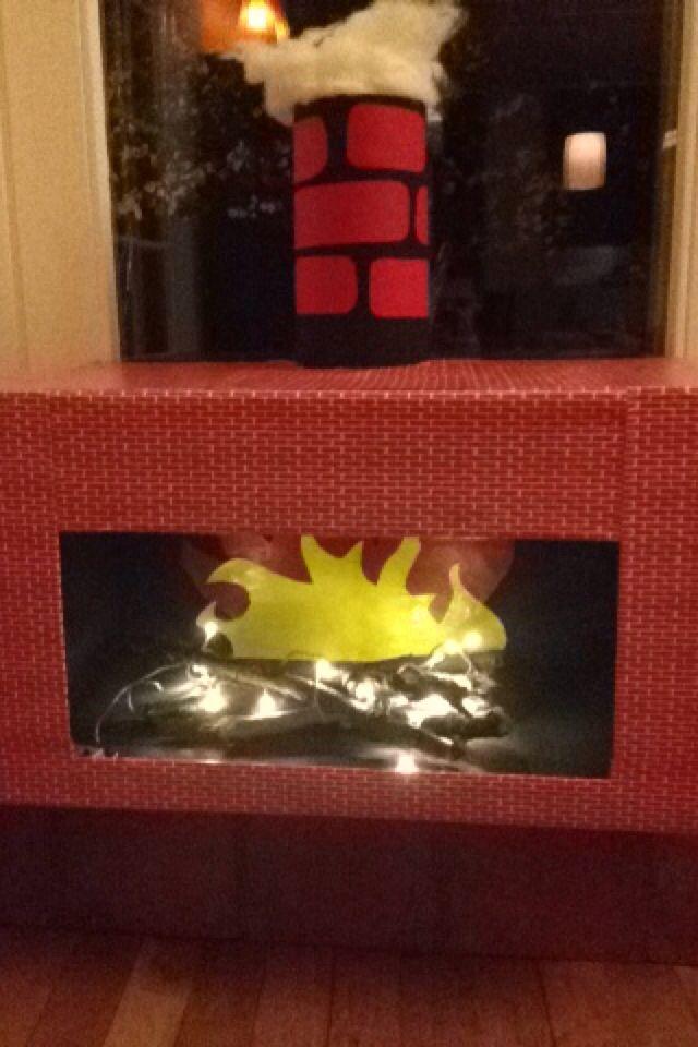 Openhaard met schoorsteen gemaakt voor in de klas bij de kleuters!