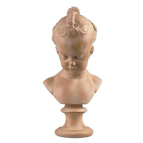 ### Atelier de moulage du Louvre On a voulu identifier le modèle de ce buste soit avec Alexandrine d'Etiolles, fille de la marquise de Pompadour, soit avec la fille du peintre De Troy, soit avec la jeune Catherine Hallé, enfant du peintre de ce nom.  ### Bustes  Aucune de ces hypothèses ne paraît recevable, mais il est certain que le buste fut célèbre dès le XVIIIème siècle: Boucher, entre autres, utilisa celui-ci comme symbole de la sculpture dans plusieurs compositions; il était propo...