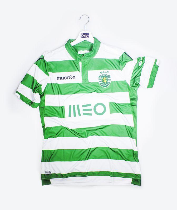 T-shirt Sporting Lisbona Portugal, presso B.box Store #bbox #store #sport #negozio #cento #italy#serigraphy #distribution #factory #macron #sorting #lisbona#calcio