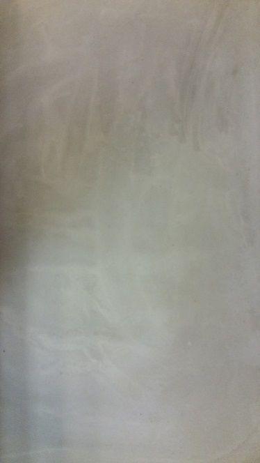 Betonlook extra effect egaline grijs-wit aangebracht met spaan.
