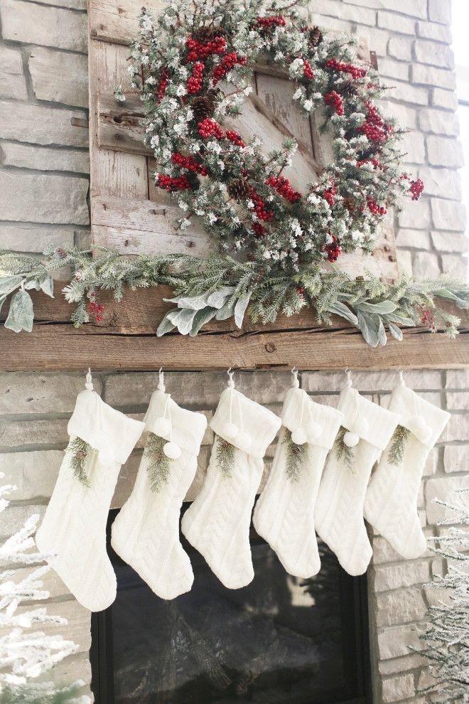 Incredible Rustic Farmhouse Christmas Decor Ideas 46