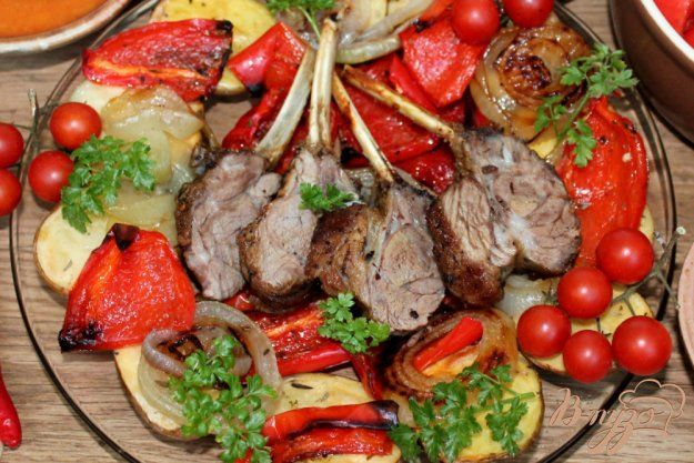♔ Delicious Food: Каре ягненка с картофелем и болгарским перцем