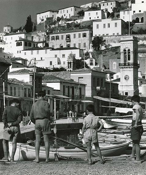 1960 ~ Hydra island (photo by Wolf Suschitzky)